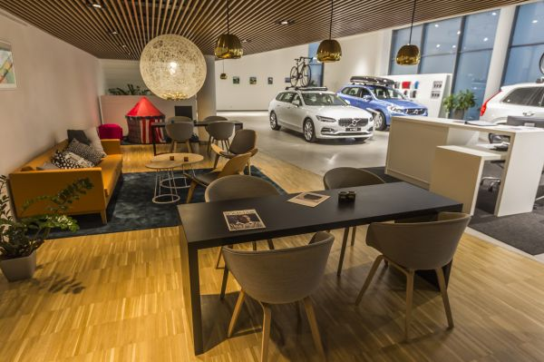 Volvo Gallery and Service